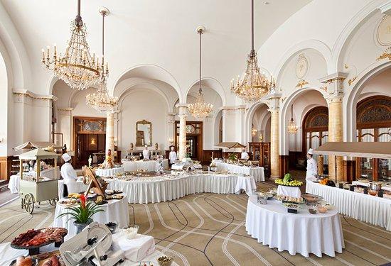 Fairmont Le Montreux Palace: Property amenity