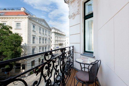Perfect LiVu0027iN Residence By Flemingu0027s Wien Parlament (Vienna, Austria)   Apartment  Reviews, Photos U0026 Price Comparison   TripAdvisor