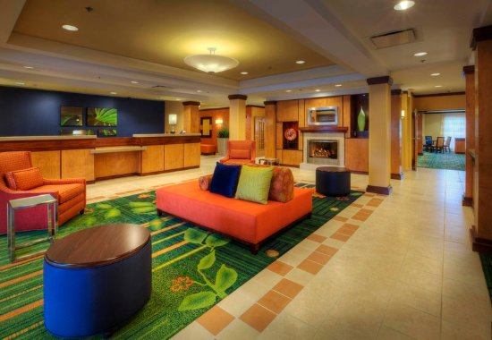 Fairfield Inn & Suites Sarasota Lakewood Ranch: Lobby