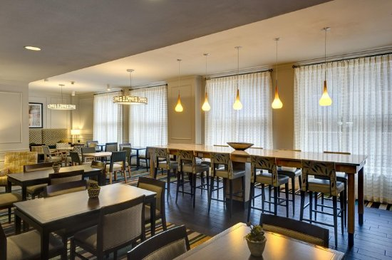 Hampton Inn & Suites New Orleans Downtown (French Quarter Area): Restaurant