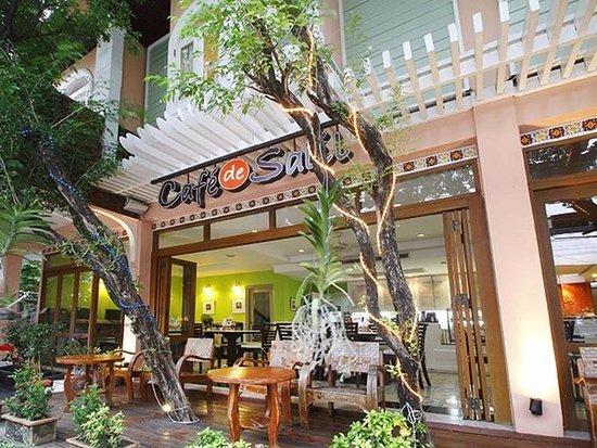 Salil Hotel Sukhumvit Soi 8 Photo
