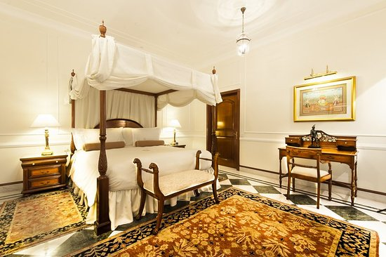 The Imperial Hotel: Suite