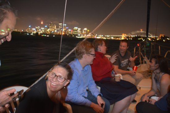Drummoyne, Austrália: Sydney lights from the harbour