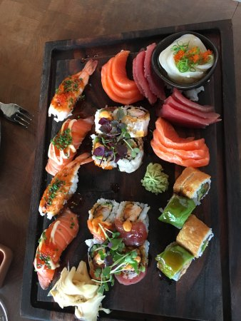 Coast by East & Enoteca: Sushi for two