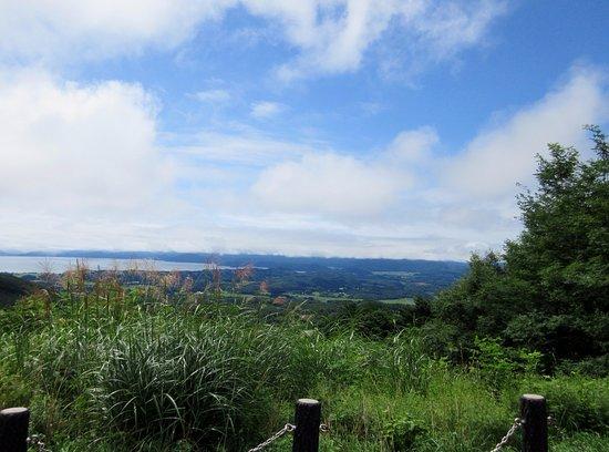 Inawashiro-machi, Japón: 猪苗代湖、会津若松、夏の眺望。
