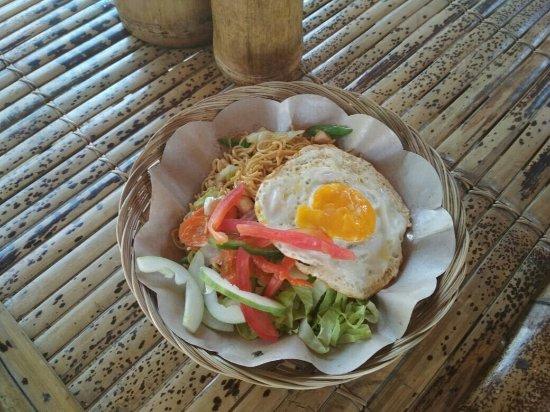 Pemenang, Indonesia: Warung Bajang