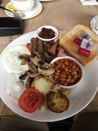 Stanley, Australia: A great breakfast.