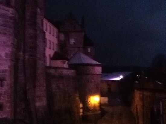 Festung Rosenberg - Deutsches Festungsmuseum: Castle at dusk