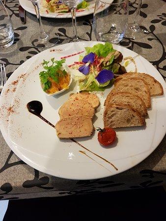 Sulniac, Fransa: foie gras maison