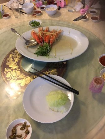 Restoran Mun Choong S/B: Big head fresh water prawns