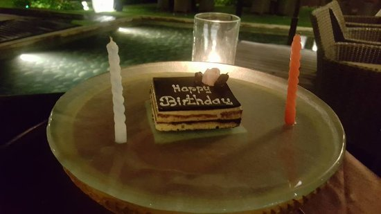 The Samaya Bali Seminyak: My surprise Birthday cake :)
