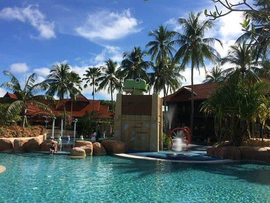 Childrens Pool Area Picture Of Meritus Pelangi Beach Resort Spa Langkawi Pantai Cenang
