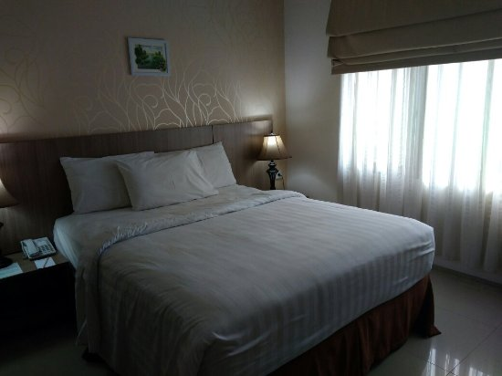 Emilia Hotel by Amazing: IMG_20171130_123332_large.jpg