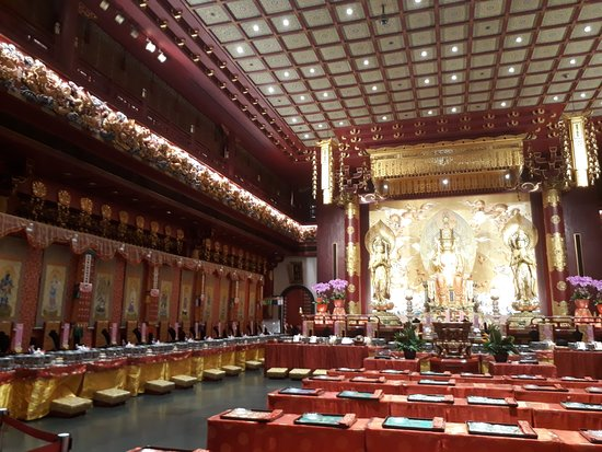 Buddha Tooth Relic Temple and Museum Photo