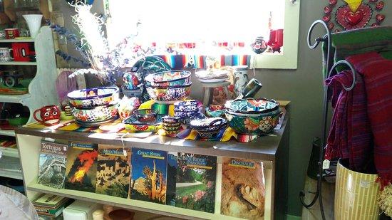 Tecopa, Kaliforniya: Gift Shop & Bakery