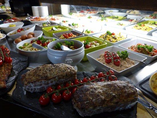 Montmelian, Francia: Buffet des entrées