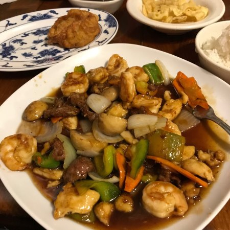 Royal Kitchen Chinese Food