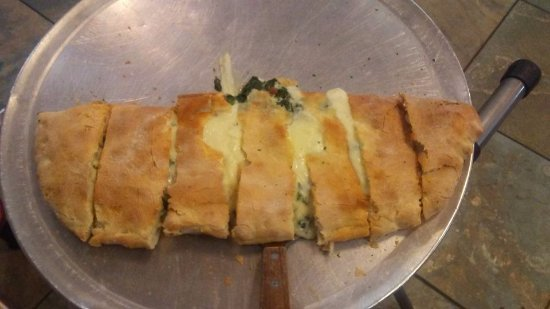 Brooksville, FL: Stromboli for two (would actually feed 4!) This is what I couldn't eat! It was delicious!