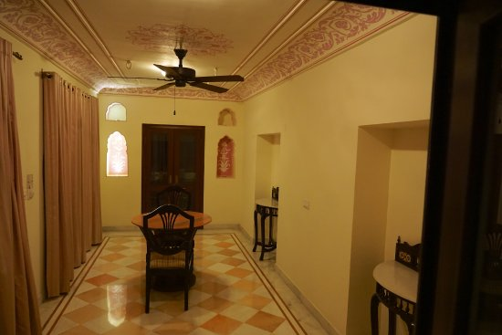 Royal Heritage Haveli: Entrance hall/writing room of the suite we had