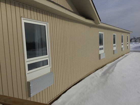 Hearst, كندا: Quiet Backyard