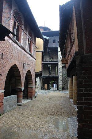 Borgo Medievale: l'interno