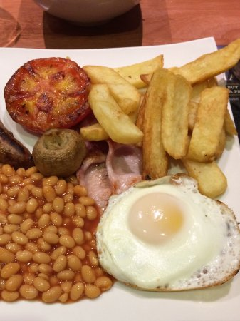 Ripley, UK: The Marquis Brunch