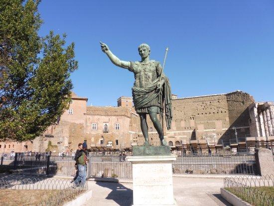Statua di Cesare Ottaviano