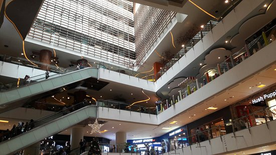 Nice Place To Hang Around Has Got Very Good Collections Picture Of Grand Indonesia Mall