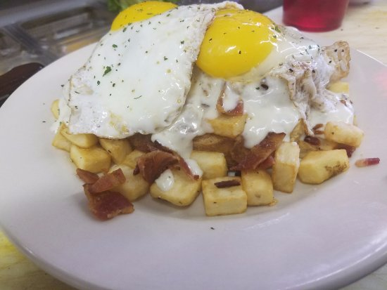 Buchanan, VA: Open Face Breakfast Sandwich