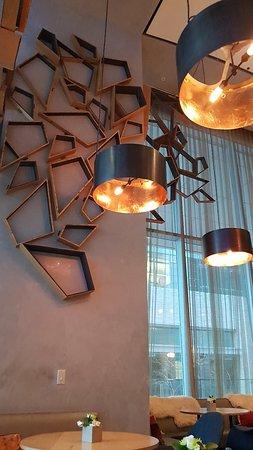 The Ritz-Carlton, Toronto: 20171127_155958_large.jpg