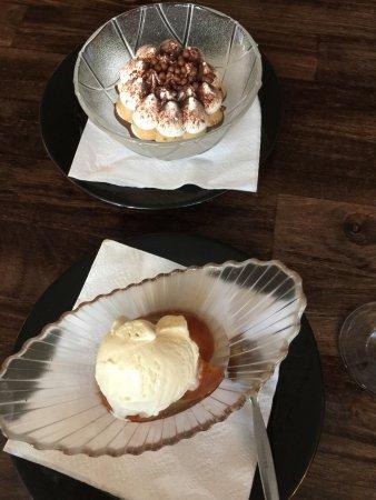 Royston, UK: Pudding course