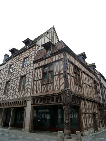Sens, Francia: maison d'Abraham