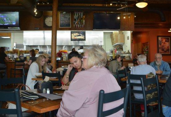 Lincolnton, Carolina del Norte: Dining Room Right Side