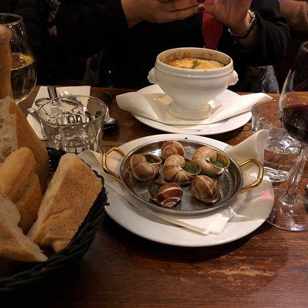 Restaurant comptoir de la gastronomie dans paris avec - Comptoir de la gastronomie ...