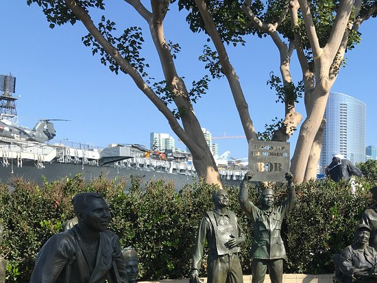 A National Salute to Bob Hope & the Military: Bob Hope 3