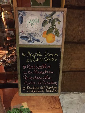 San Vito, Costa Rica: Fresh and new items every meal!