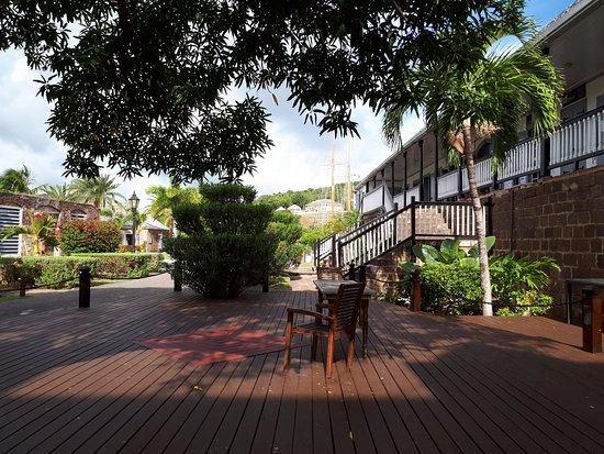 Nelson's Dockyard: Area