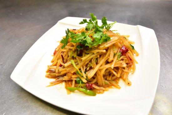 Ridgefield, CT: Szechuan Style Spicy Shredded Potatoes