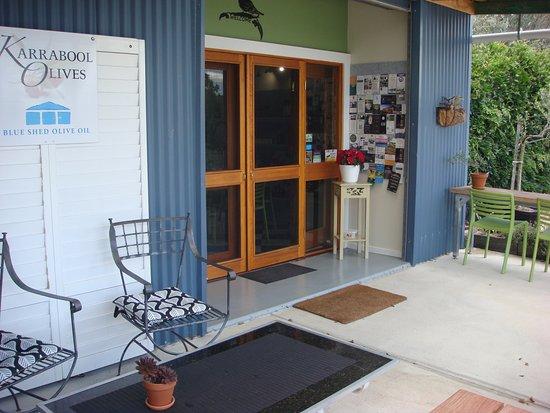 Karrabool Store & Coffee Shop: Front door of Store and Coffee Shop