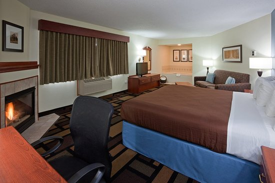 Austin, MN: Suite