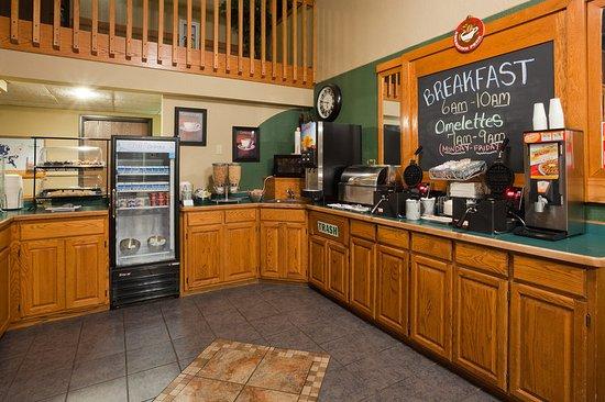 AmericInn Lodge & Suites Monroe: Restaurant