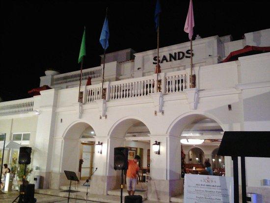 Boracay Sands Hotel: IMG_20171202_180513_large.jpg
