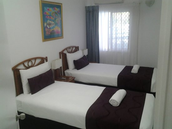 Roydon Beachfront Apartments: Well presented and comfortable beds