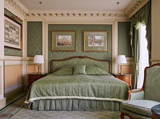Grand Hotel Wien: Guest room