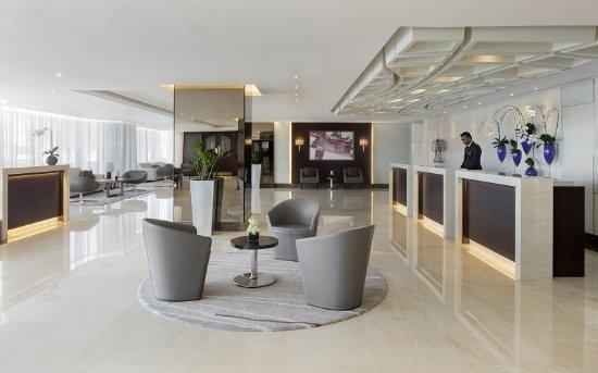 朱美拉羅塔娜酒店照片