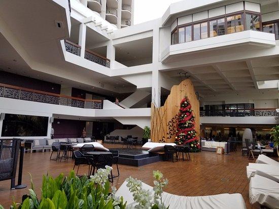 Waikiki Beach Marriott Resort & Spa: lobby