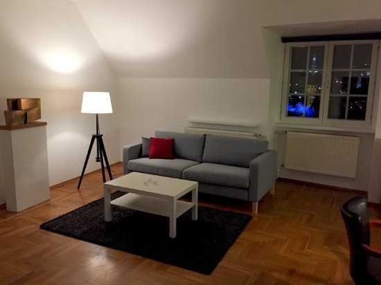 Padaste Manor: Guest room