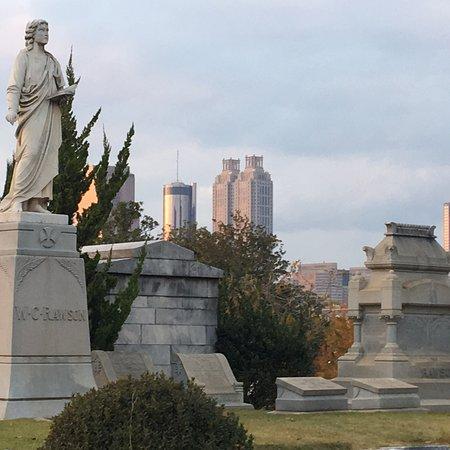 Oakland Cemetery: photo4.jpg