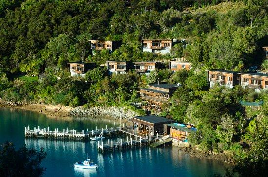 Arthurs Bay, New Zealand: Exterior
