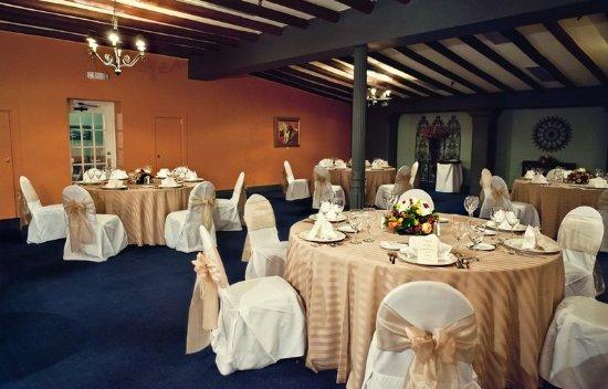 Menger Hotel: Ballroom